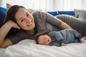 Neugeborenen lifestyle Fotoshooting Freiburg
