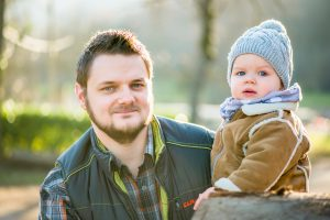 familienfoto baby und papa freiburg
