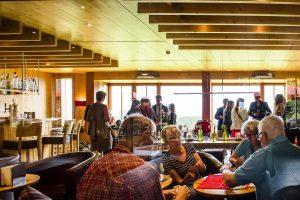 Hotel Die Halde | Sektempfang anlässlich der Eheschließung | Freunde und Familie